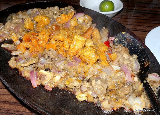 Pampanga's Authentic Cuisine: The Delicious Sisig